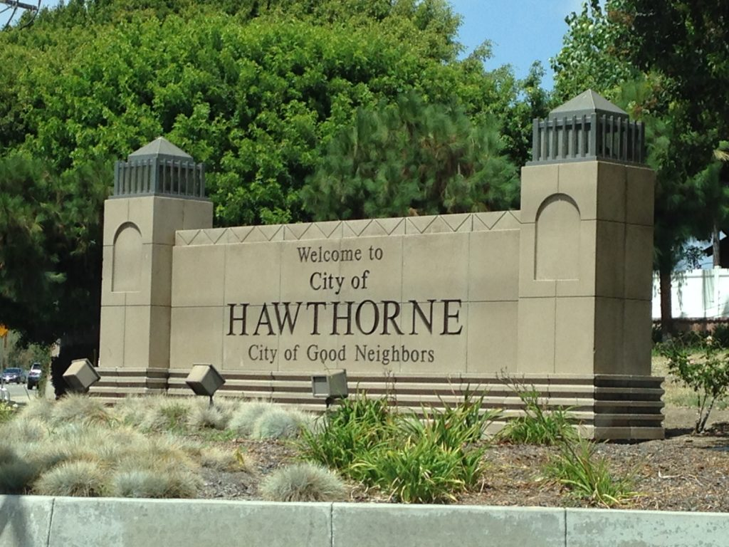 best Hawthorne moving company