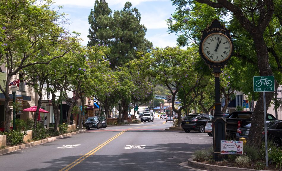 La Cañada Flintridge movers